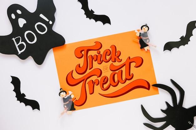 Макет бумажной обложки с концепцией хэллоуина