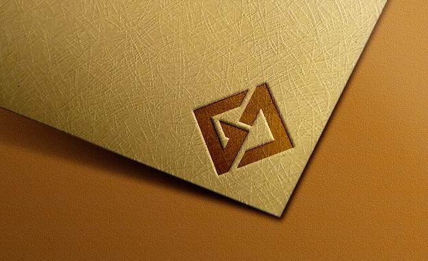 紙のロゴのモックアップ