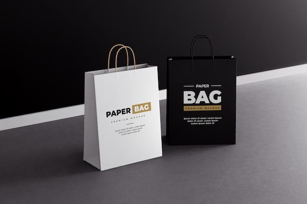 紙の買い物袋のモックアップ黒と白