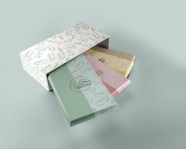 Бумажная упаковка и макет дизайна коробки