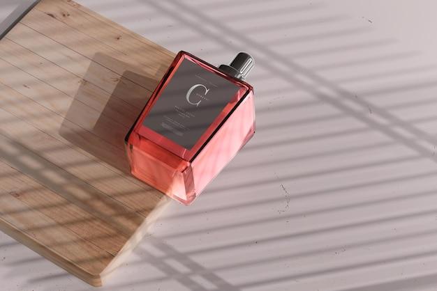 香水瓶のモックアップ