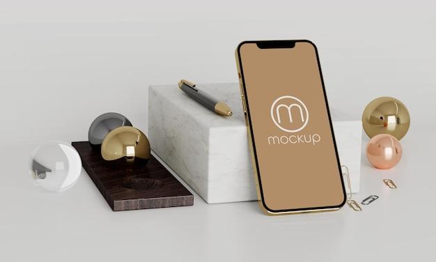 電話アプリモックアップペン石大理石ゴールドウッド