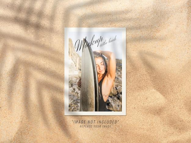 Фото макет на рендеринге пляжа