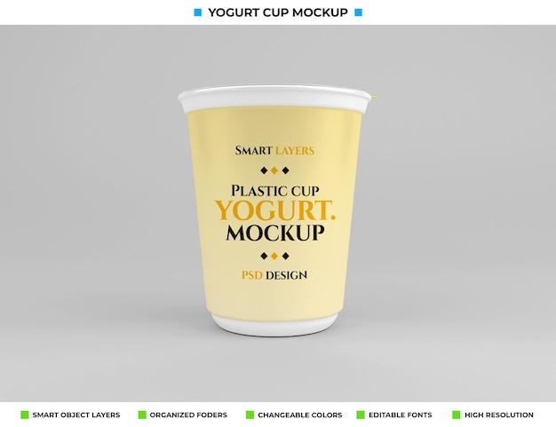 음식 개념에 플라스틱 요구르트 컵 모형
