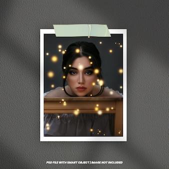 Макет фоторамки polaroid со световым эффектом premium psd