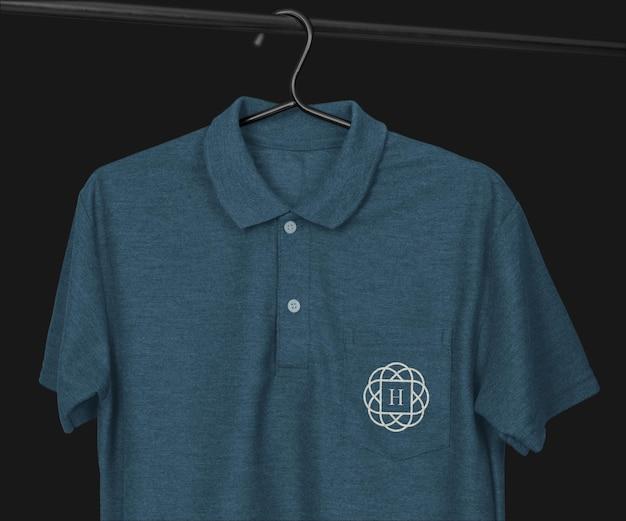 포켓이있는 폴로 셔츠 모형 디자인