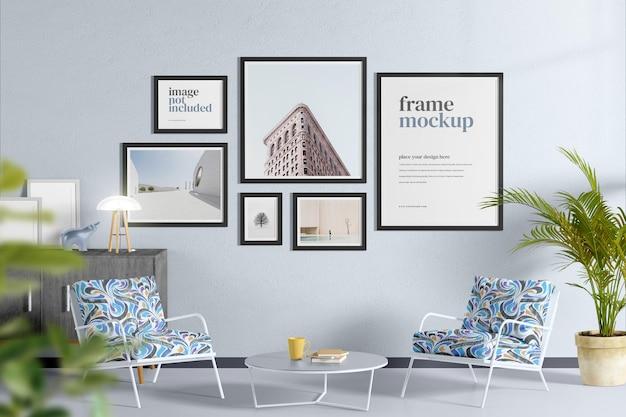 居間のモックアップのポスターまたはフレーム