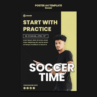 Modello di poster per calcio con giocatore di sesso maschile