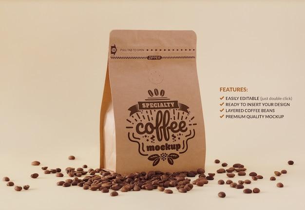 브랜딩 또는 디자인을위한 프리미엄 커피 포장 모형