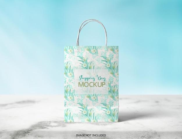 プレミアム品質のショッピングバッグの完全に変更可能なpsdモックアップ