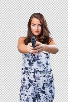 Красивая мафия женщина держит пистолет