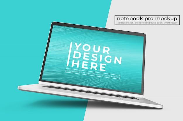 カスタマイズ可能なプレミアムノートブックプロpsdモックアップのデザインを中央ビューの右回転位置に配置