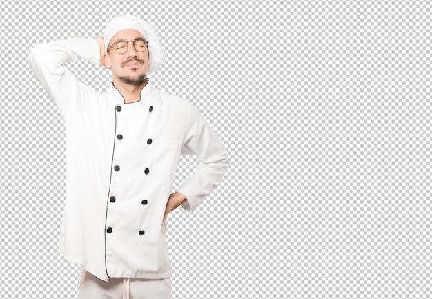Тихий повар делает жест расслабления