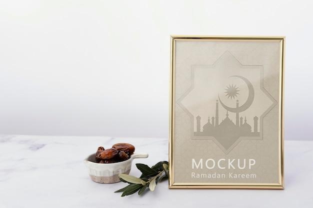 Composizione mock-up cornice ramadan