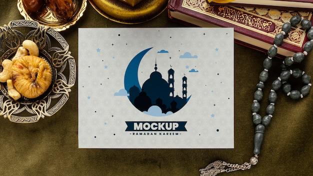 Stampa del ramadan e mockup del libro