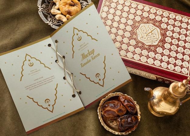 Stampa del ramadan e mockup di libri vista dall'alto