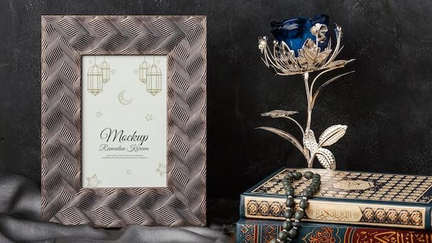 Mockup di cornice stampa ramadan