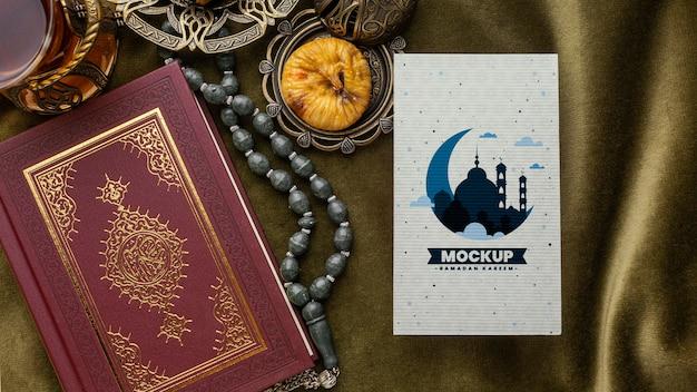 Mockup e libro di stampa del ramadan