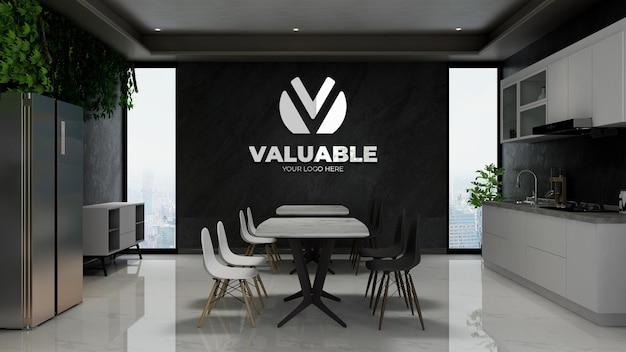 モダンなカフェバーのインテリアやオフィシャルのパントリールームで現実的な3d会社の壁のロゴのモックアップ