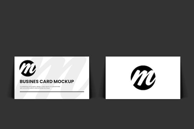 Реалистичный макет визитной карточки