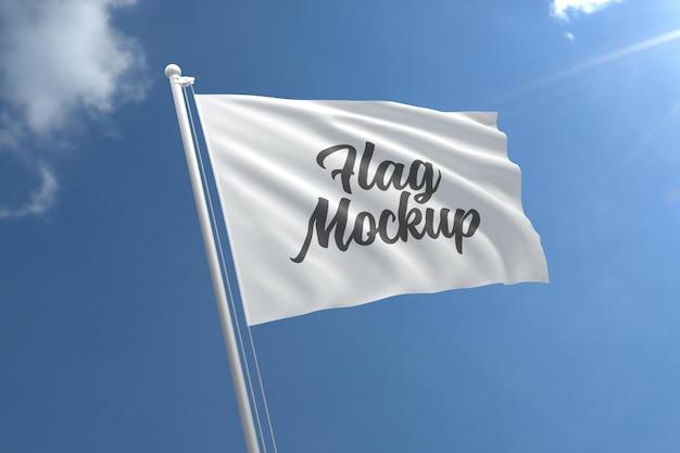Реалистичный макет флага с голубым небом