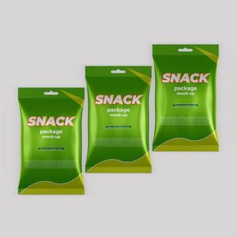 Реалистичный макет упаковки для закусок из фольги