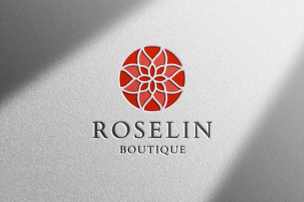 Реалистичный макет логотипа на белой бумаге