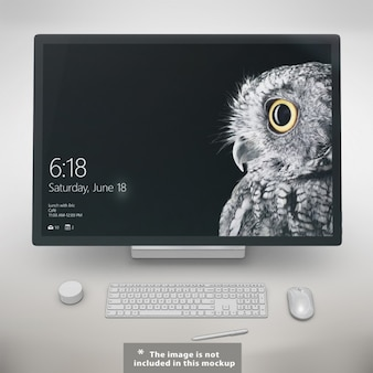 Realistic monitor presentation