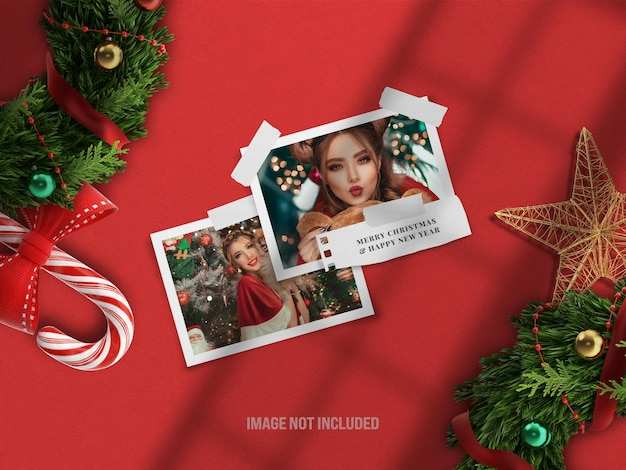 メリークリスマスと新年あけましておめでとうございますのための現実的なムードボードモックアップまたは紙のフォトフレームモックアップ