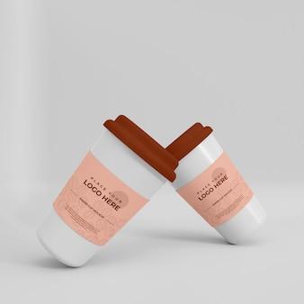 현실적인 종이 커피 컵 모형