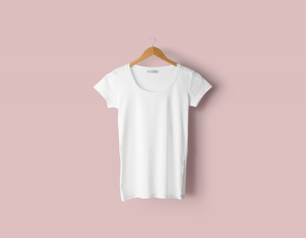 현실적인 티셔츠 이랑 프리미엄 PSD 파일
