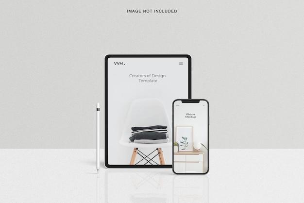 リアルなタブレットとスマートフォンのモックアップ