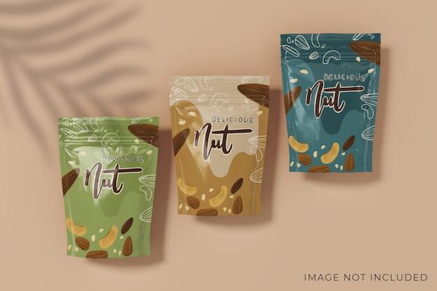 Реалистичный дизайн макета упаковки для трех продуктов