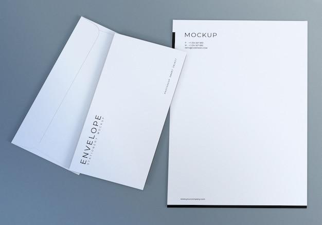 プレゼンテーションのための現実的な白い封筒モックアップデザインテンプレート