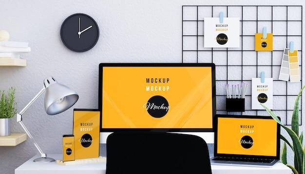 グリッドモックアップデザインのレスポンシブデバイスとペーパー