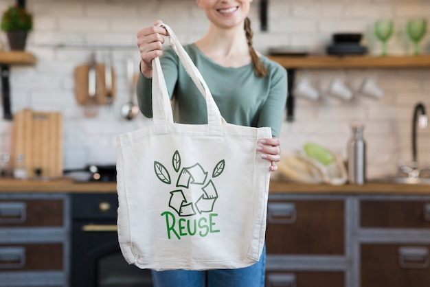 Reusable bag with mock-up