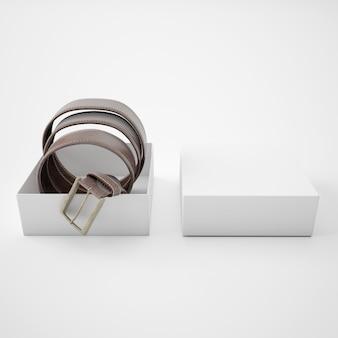 白い箱の中の巻きベルト