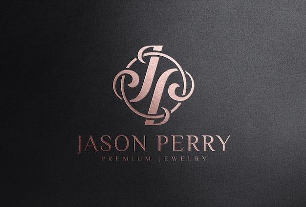 Мокап логотипа с тиснением фольгой из розового золота