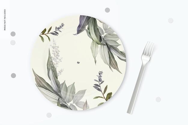 Round dessert plate mockup
