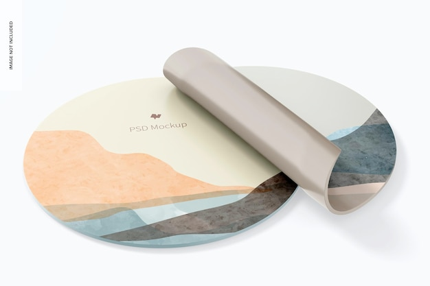 Мокап круглых силиконовых ковриков для мыши, свернутый вверх