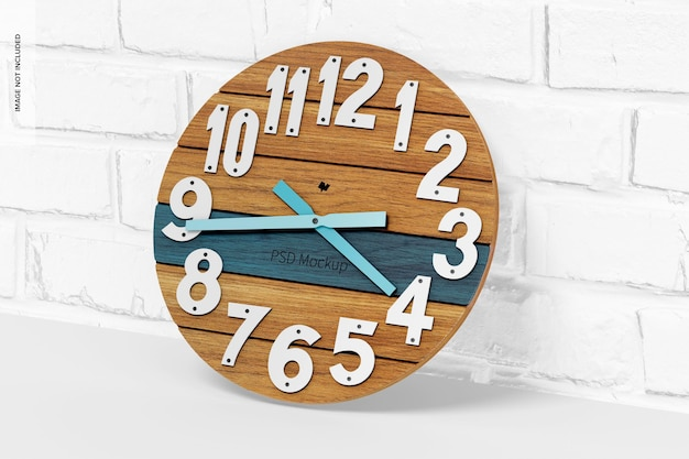 Мокап круглых настенных часов, наклонный