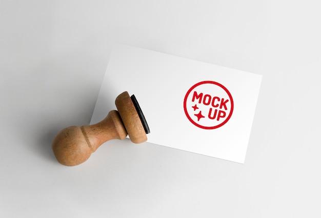 Мокап логотипа резинового штампа