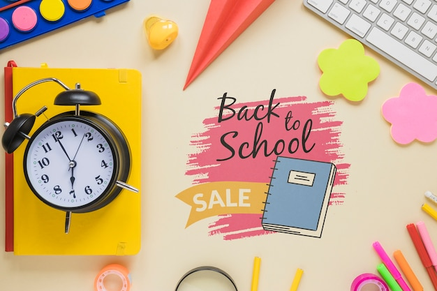 Продажа обратно в школу предметов с часами