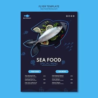 Modello di volantino concetto di frutti di mare