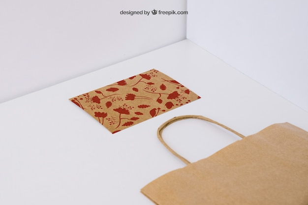 Shopping bag and card