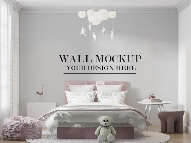 Простая детская спальня на стене фон