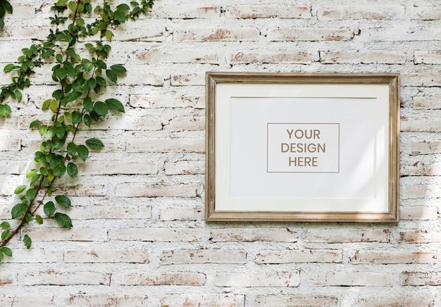 Simple nature design frame