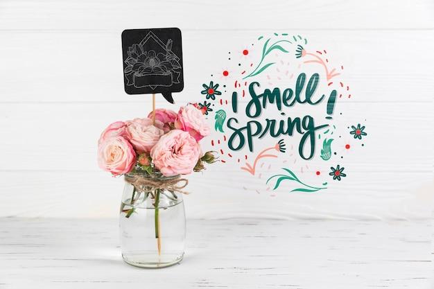 春の概念とスレートモックアップ