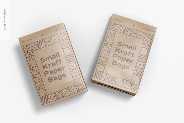Мокап малых пакетов из крафт-бумаги, вид сверху