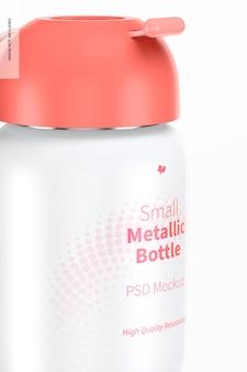 Mockup di piccola bottiglia metallica, primo piano